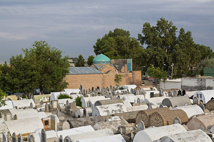 Graveyards disappearing from housing societies in Multan
