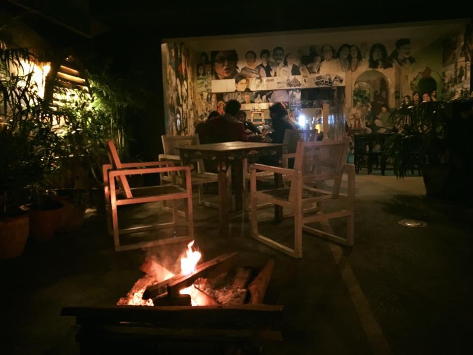 road side cafes karachi