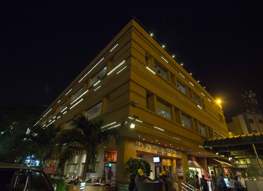 barBQ tonight - restaurant in karachi