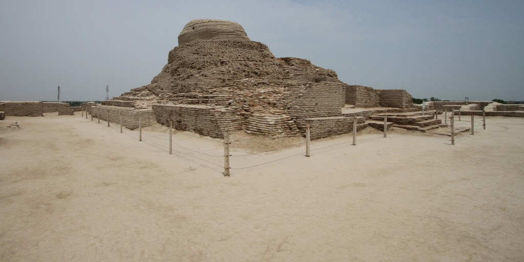 ruins-of-the-buddhist-stupa-at-mohenjo-daro-sindh