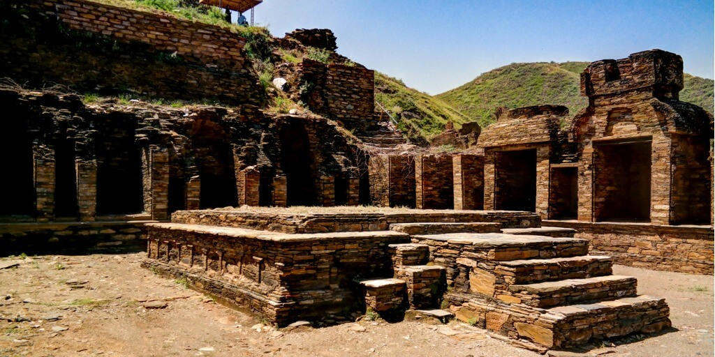 takhtibhai historical place in pakistan