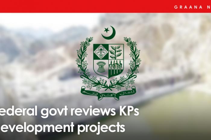 Federal govt reviews KPs development projects